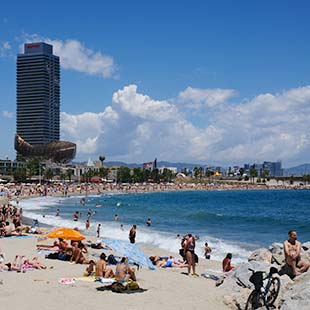 The best beaches of Barcelona. discover the most beautiful beaches in Barcelona