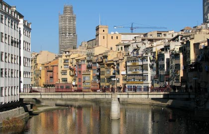discover the capitals of the Catalan provinces. Tourist information Girona.
