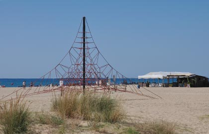 beaches in Catalunya. The best small Catalan sand beaches.