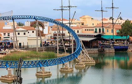 Visit the most important thematic parks of Catalonia. Tourist information about the amusement park PortAventura World, on the Costa Daurada.