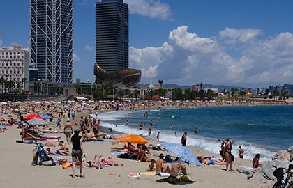 Discover the best Catalan beaches. Barcelona beach.