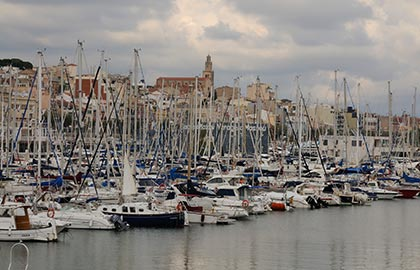 Which are the best mooring ports of Catalonia. Information about the marina of El Masnou.