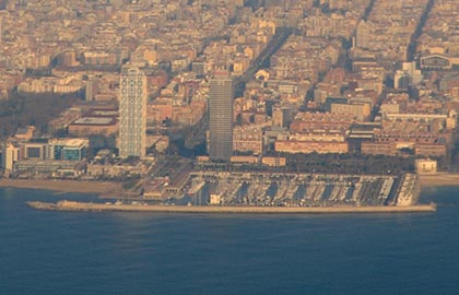 Discover the Catalan tourist ports. Tourist information about the Port Olimpic de Barcelona.